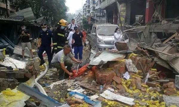 湖北十堰爆炸共搜救出144人:其中11人死亡,37人重伤