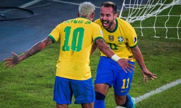 美洲杯-内马尔尤文飞翼破门 巴西4-0大胜秘鲁