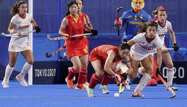 谷丙凤进球被判无效 中国女曲0-2西班牙遭三连败